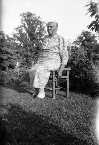 Lillie Green Richmond portrait, seated outdoors